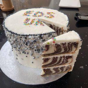 EDS UK Bake-In Kara cake 4