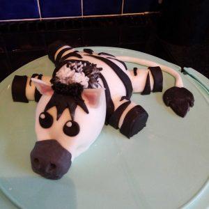EDS UK Bake-In Kat cake 1