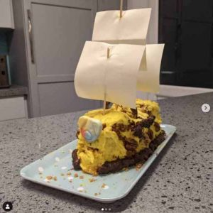 Cake decorated as a pirate ship